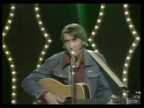 Amanda - Don Williams performs