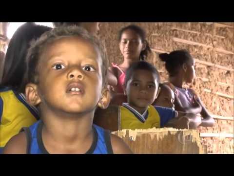 Peritoró: Escolas funcionam em casebres de chão batido