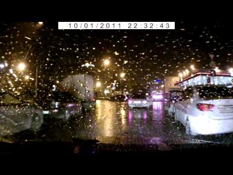Водитель автомобиля проехал перекрёсток на красный сигнал светофора