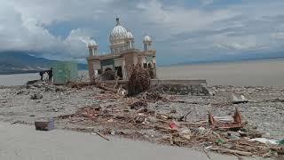 Download Video Begini kondisi detik-detik Tsunami di Palu buat anda terharu MP3 3GP MP4
