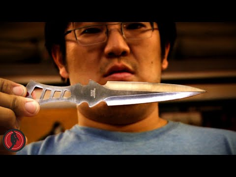 DO NOT TRY THIS AT HOME: Fun with knives?
