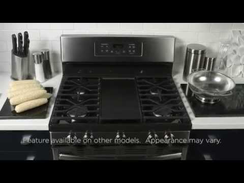 EDGE TO EDGE COOKTOP WITH INTEGRATED GRIDDLE