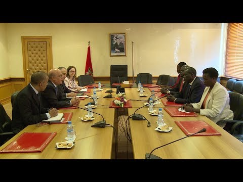العربي بن الشيخ يتباحث مع وزير الخارجية لجنوب السودان