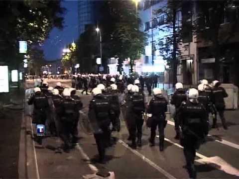 Београд - протест против хапшења Ратка Младића
