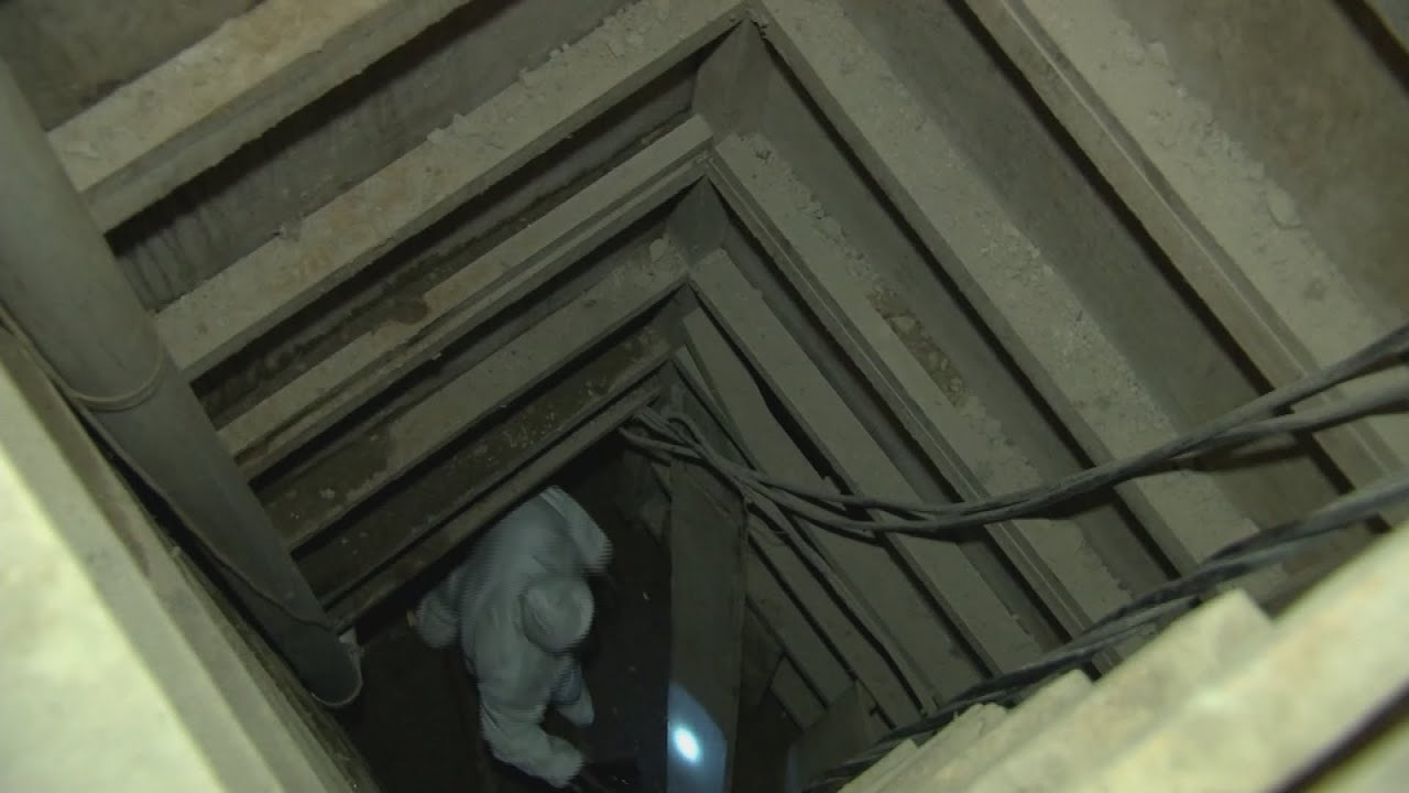 Video completo dentro del túnel por donde escapó El Chapo
