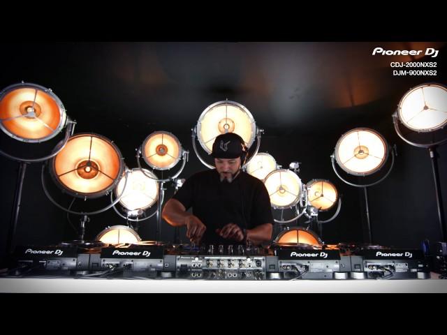 Roger Sanchez - NXS2 Performance Techniques