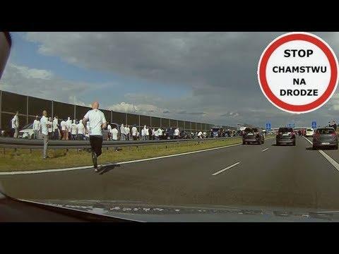 Nagranie z ustawki kibiców Legii i Widzewa na autostradzie A2