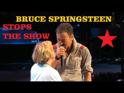 Bruce Springsteen - Save The Last Dance For Me (live Albany 2014) Hd Pro Recorded Audio