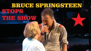 Video Bruce Springsteen - Save The Last Dance For Me (Live Albany 2014) HD Pro recorded audio MP3, 3GP, MP4, WEBM, AVI, FLV Mei 2019