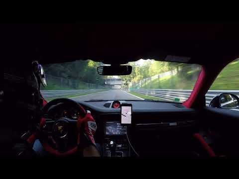 820HP Tuned McLaren 720S completely destroy a GT2 RS on Monza track