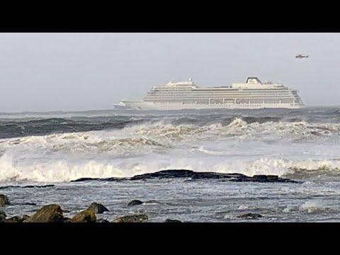 Kreuzfahrtschiff »Viking Sky« gerät vor Norwegen in S ...