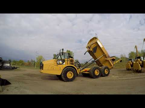CATERPILLAR ARTICULATED TRUCKS 740B equipment video wiSMtqeCbxw