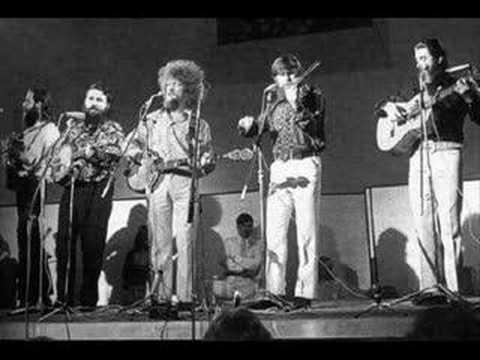 Tekst piosenki The Dubliners - Lock Up Your Daughters po polsku