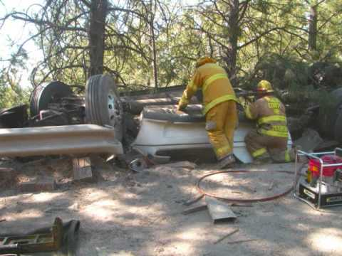 Donner Pass Rollover: plus after the fact pictures.