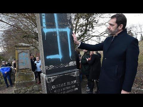 Frankreich: Nach Grabschändung - Macron will Antisemi ...