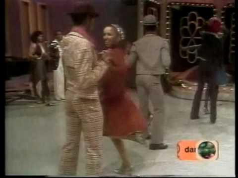 hustle - VAN McCOY - the hustle (1975) (HQ)