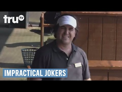 Impractical Jokers – The Guys Teach Golf Lessons