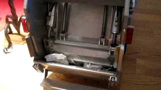 """This is the first videos of my new Norba RL35 scale model in """"Wedico Scale"""" (1:14,5)It isn't entirely finished, but the main hydraulic functions are operational. - The cab is a wedico F12 which I have shortened down to a daycab.- Chassis, driveline and wheels are from Wedico- Hydraulics are from Leimbach Modellbau- Refuse body is selfmade.This model is NOT for sale."""