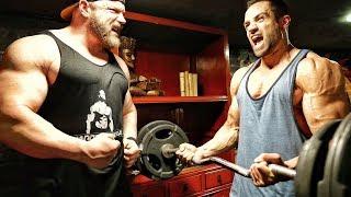 """Ich trainiere im JOHN REED GYM und drücke 160kg auf der Schrägbank. Während Goeerki 100kg schafft kommt meine Kraft zurück. Mehr Videos zum Thema Bodybuilding, Fitness & Kraftsport findet Ihr in meinem Kanal - Abo ►►► http://goo.gl/IuqdXFMein Water Whey Protein ►►► http://amzn.to/2iRV11Z ✔Mein Shake nach dem Training ►►► http://amzn.to/2jGiZku ✔Mein Omega3 Fischöl ►►► http://amzn.to/2jTItZs ✔Meine Funktions Hosen ►►► http://amzn.to/2k7WGBp ✔5 HTP ►►► http://amzn.to/2lPthxH ✔Vitamin D ►►► http://amzn.to/2lPpwIp ✔Magnesium Spezial ►►► http://amzn.to/2s12rsz ✔ Protein Riegel ►►► http://amzn.to/2r8jiK0 ✔Mein Video-Equipment:Premium Cam für beste Bilder ►►► http://amzn.to/2rnY9e2 ✔Vlogging Cam ►►► http://amzn.to/2qEwrbO✔Profi Microfon ►►► http://amzn.to/2r2ocYt ✔Personaltraining & Business ►►► http://goo.gl/I20D7B Meine T-Shirts ►►► http://goo.gl/2vgWzI Facebook ►►► http://goo.gl/y9sWriInstagram ►►► http://goo.gl/Mc5glD Meine Nahrungsergänzungen & Supps ►►► http://goo.gl/mKf5UuMeine ONLINE Tests ►►►https://www.cerascreen.de(10 % Rabatt mit CODE - JL10)   Meine Superfoods hier ►►► http://goo.gl/oJlvP3(5% Rabatt bei Koro mit Rabatt Code = johannes) Meine Lebensmittel von Fittaste ►►► http://goo.gl/VR8zLS(10% Rabatt mit Rabatt Code = johannes10)Das Gym ►►► https://johnreed.fitness/deUnser Kameramann ►►► https://vimeo.com/laifkardelke► Amazon Affiliate Links: Mit """"✔"""" markierte Links sind sogenannte Affiliate-Links. Durch einen Einkauf über diese Links werde ich mit einer Provision beteiligt. Für Euch entstehen dabei selbstverständlich keine Mehrkosten! Danke für Eure Unterstützung!"""