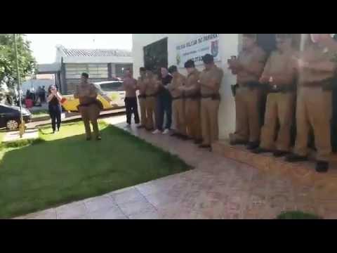 Policiais Militares de Palotina são homenageados pela Fanfarra da Escola Celino em comemoração ao dia do Soldado.