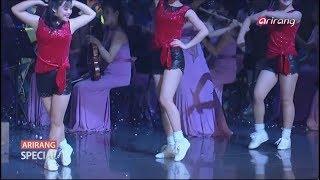 Beautiful North Korean Girl Group Moranbong performs ''Dash to the future'' in South Korea+English