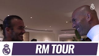 Video DAVID BECKHAM visits the Real Madrid squad in Los Angeles! MP3, 3GP, MP4, WEBM, AVI, FLV September 2017