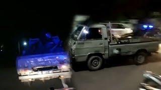 Video Viral Video Aksi Kejar-kejaran Mobil Patroli Polisi dengan Mobil Pikap yang Bawa Motor Balap Liar MP3, 3GP, MP4, WEBM, AVI, FLV April 2019