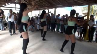 DANÇARINAS ALFA MIX NA FESTA DO NONÔ