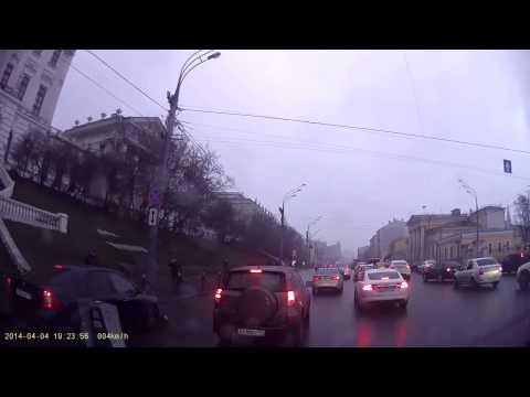 Авария с участием пешехода в Москве 04 04 2014