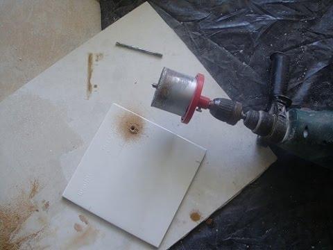 Как сделать отверстие в кафельной плитке под розетку