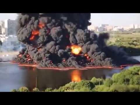fiume di mosca prende fuoco dopo lo scoppio di un gasdotto!