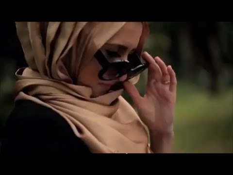 Ad - Back in february I had the honour to work with sahara shawl in singapore and heres a short tv ad we created! Possibly one of the most difficult things I've ever done! It's not as easy as it...