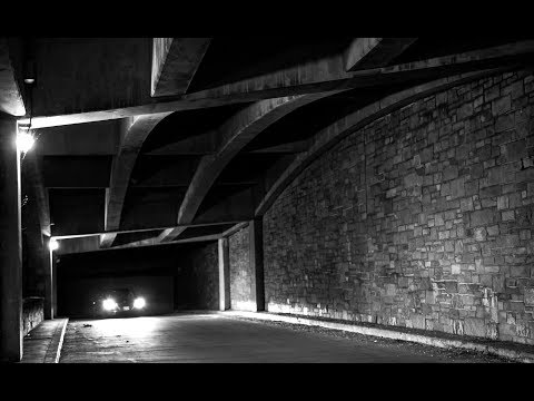 NIGHT PHOTOGRAPHY IN BLACK AND WHITE