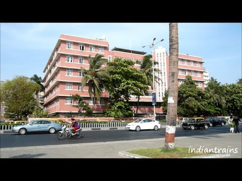 travel india @ speed driving on mumbai roads/marine drive/chowpatty/mumbai/maharashtra/india