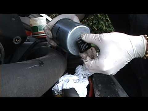 Mercedes Sprinter – How to Change Diesel Fuel Filter