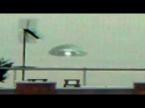 Massive UFO Flying Saucer Lands on Earth, Alien COVERUP? Dec 2013