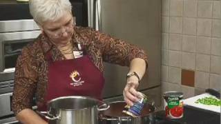Sue Mallick with Food City presents a fresh recipe for Chunky Tomato and Brie Soup at Food City's Cooking School. This episode...