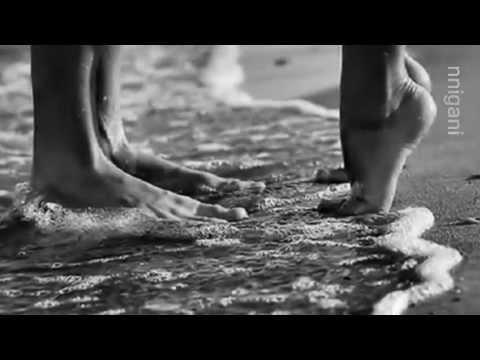 , title : 'Claudia Mori & Adriano Celentano - Splendida e nuda'