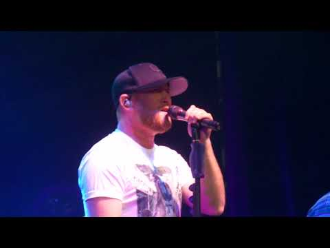 Cole Swindell ~ Break Up In The End ~ Joe's Live ~ Rosemont, IL ~ 08/19/2018