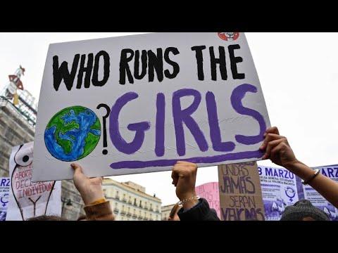 Spanierinnen streiken: Frauenrechte Olé