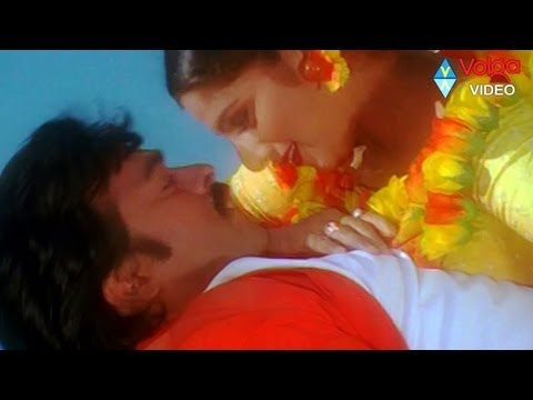 Video Bavagaru Baagunnara Movie Songs - Navami dashami - Chiranjeevi Ramba download in MP3, 3GP, MP4, WEBM, AVI, FLV January 2017