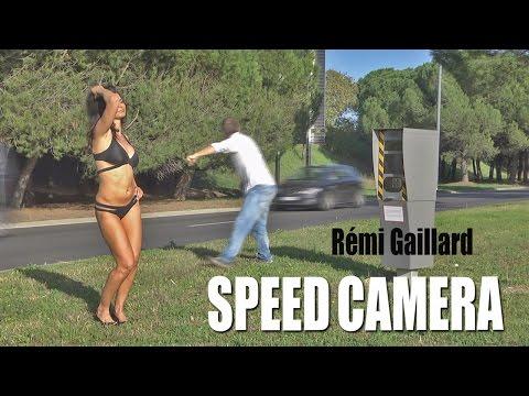 他因為恨透了測速照相,因此他就送給了法國政府一個最火辣的「超速照片」。