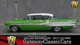 <h5>1958 Pontiac Star Chief</h5>