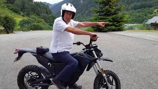 Short but good introductory demo of a Zero Electric Motorcycle. Video was filmed in catalan language at Arinsal - Principat...