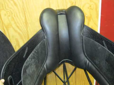 County Connection Demo Dressage Saddle 17