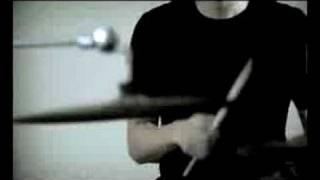 Mati Saja - Barry Likumahuwa (Official Video Clip)