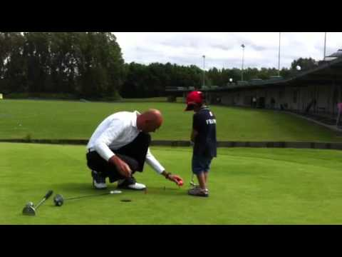 Golf lessons for kids #1: PUTTING 