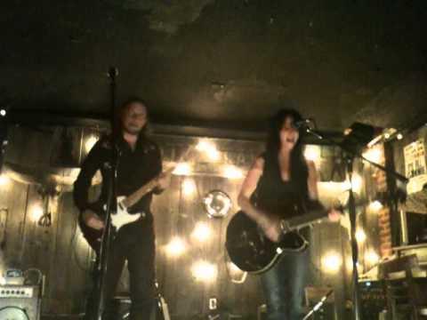 Romi Mayes & Jason Nowicki - Lucky Tonight