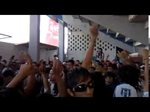 No son la U de nuevo leon - La Adicción - Monterrey