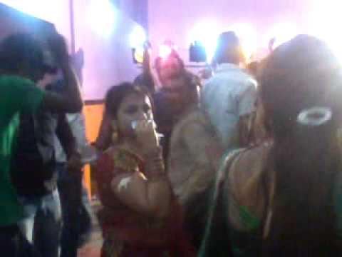 Download bhabhi ki bra video 3gp HD Mp4 3GP Video and MP3